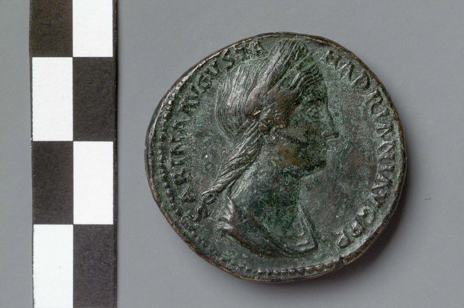 Sestertius with bust of Sabina