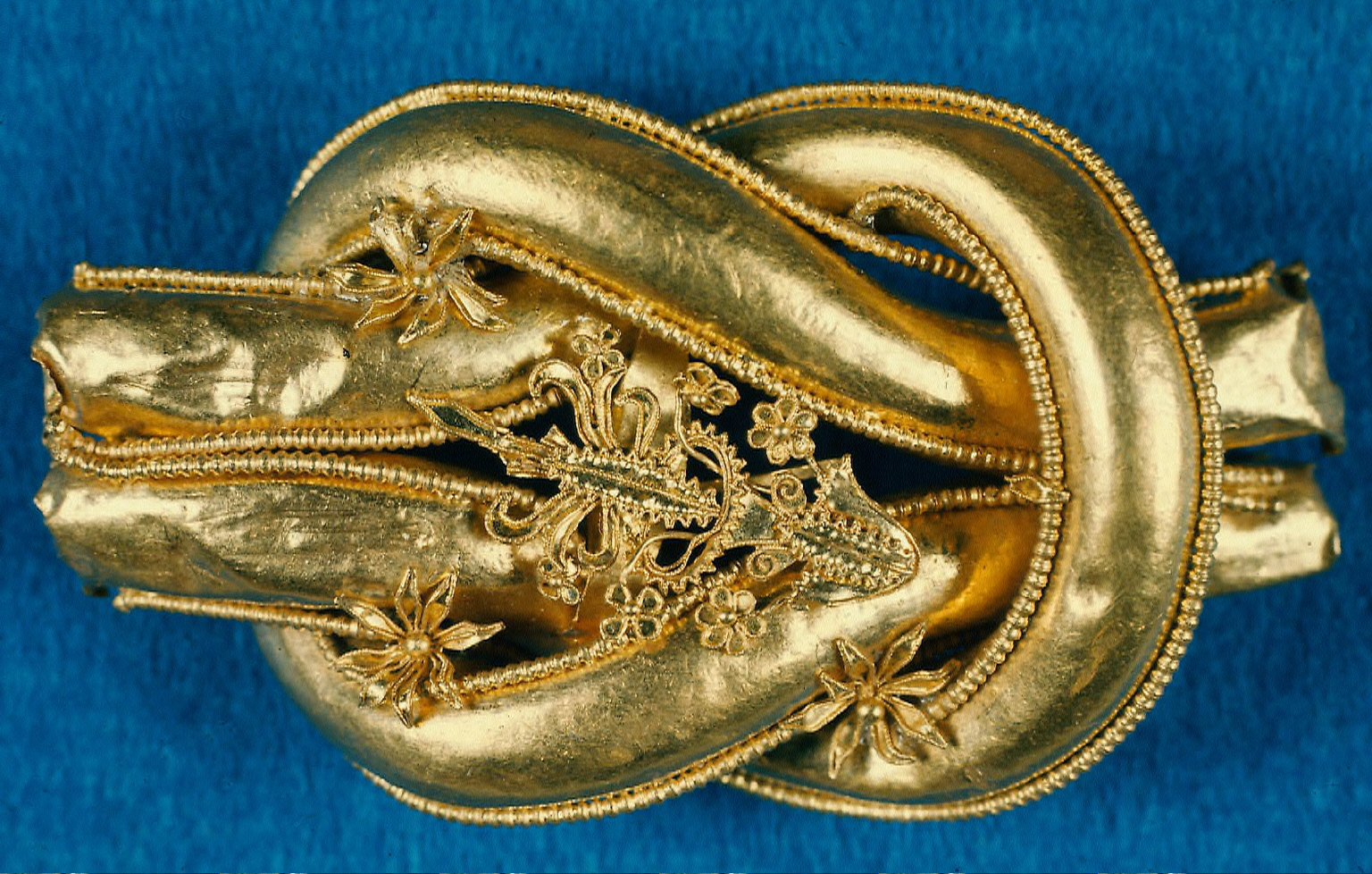 Clasp of a girdle