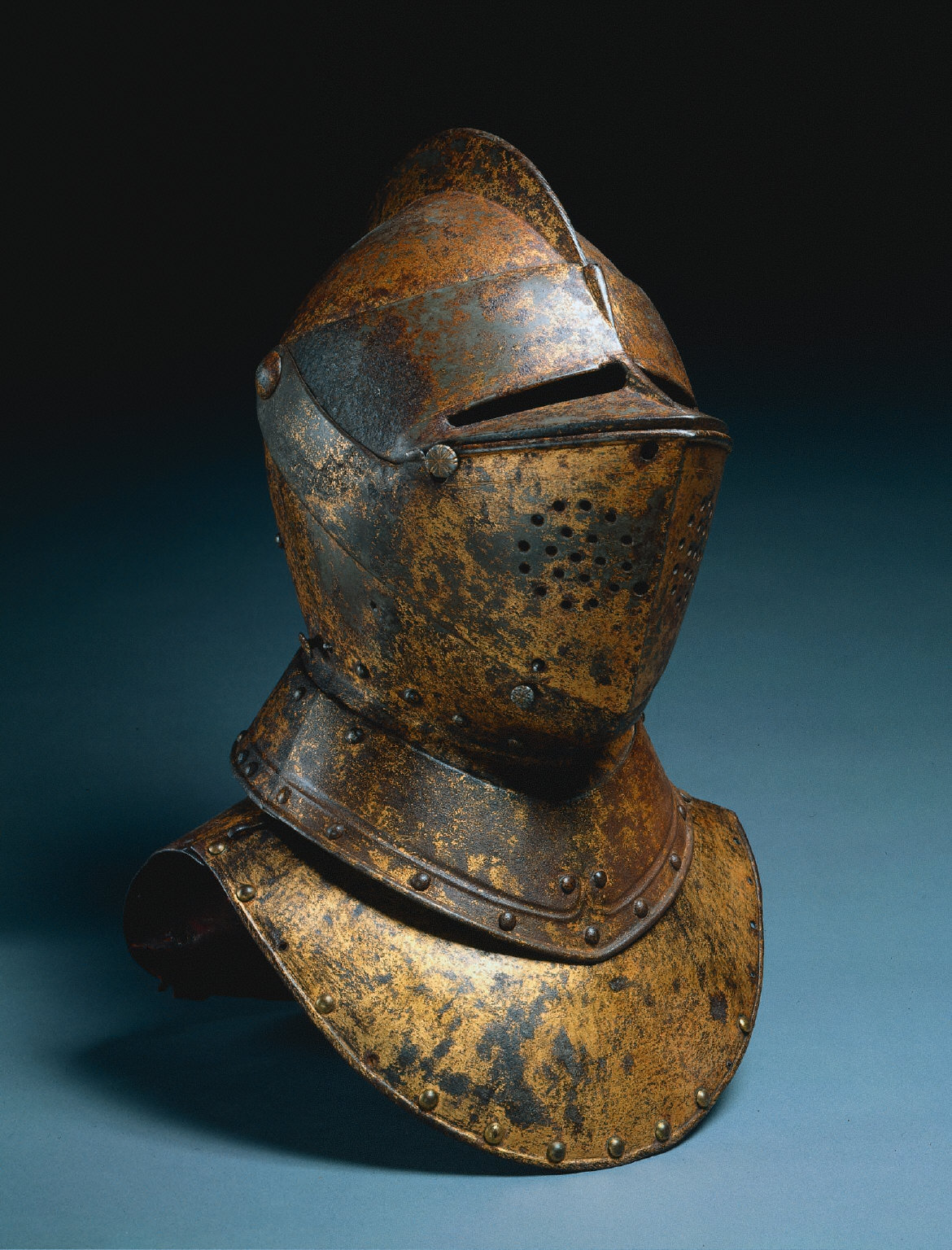 Close Helmet (from a funerary achievement?)
