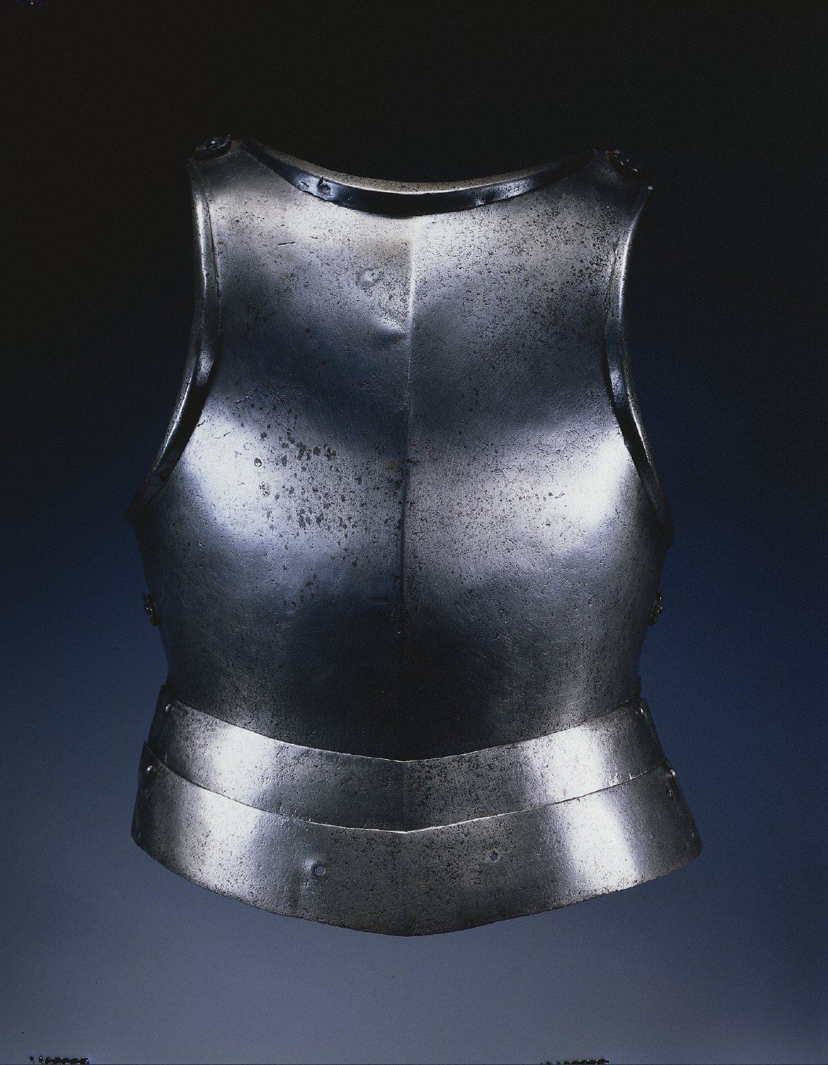 Gothic Breastplate and Taces