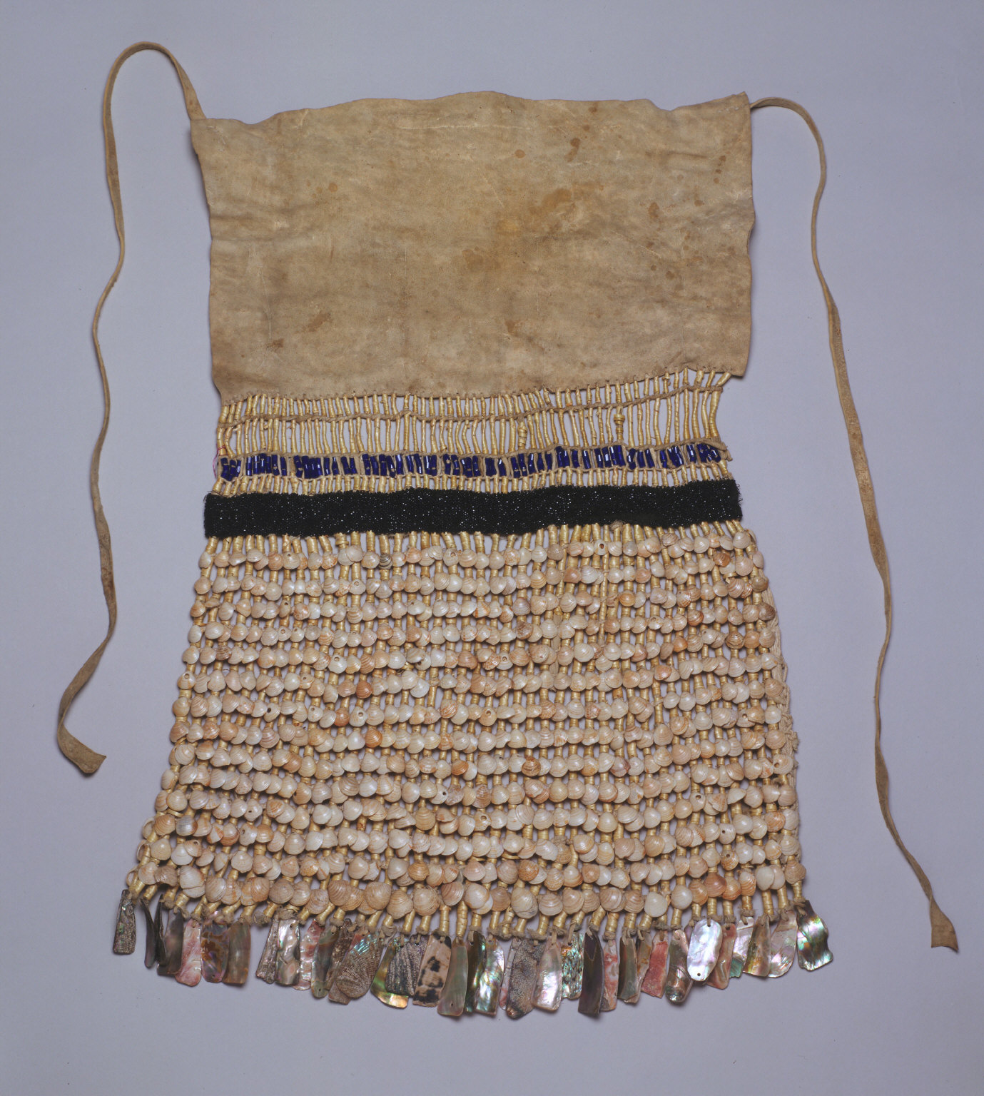Ceremonial apron (with .1: skirt)