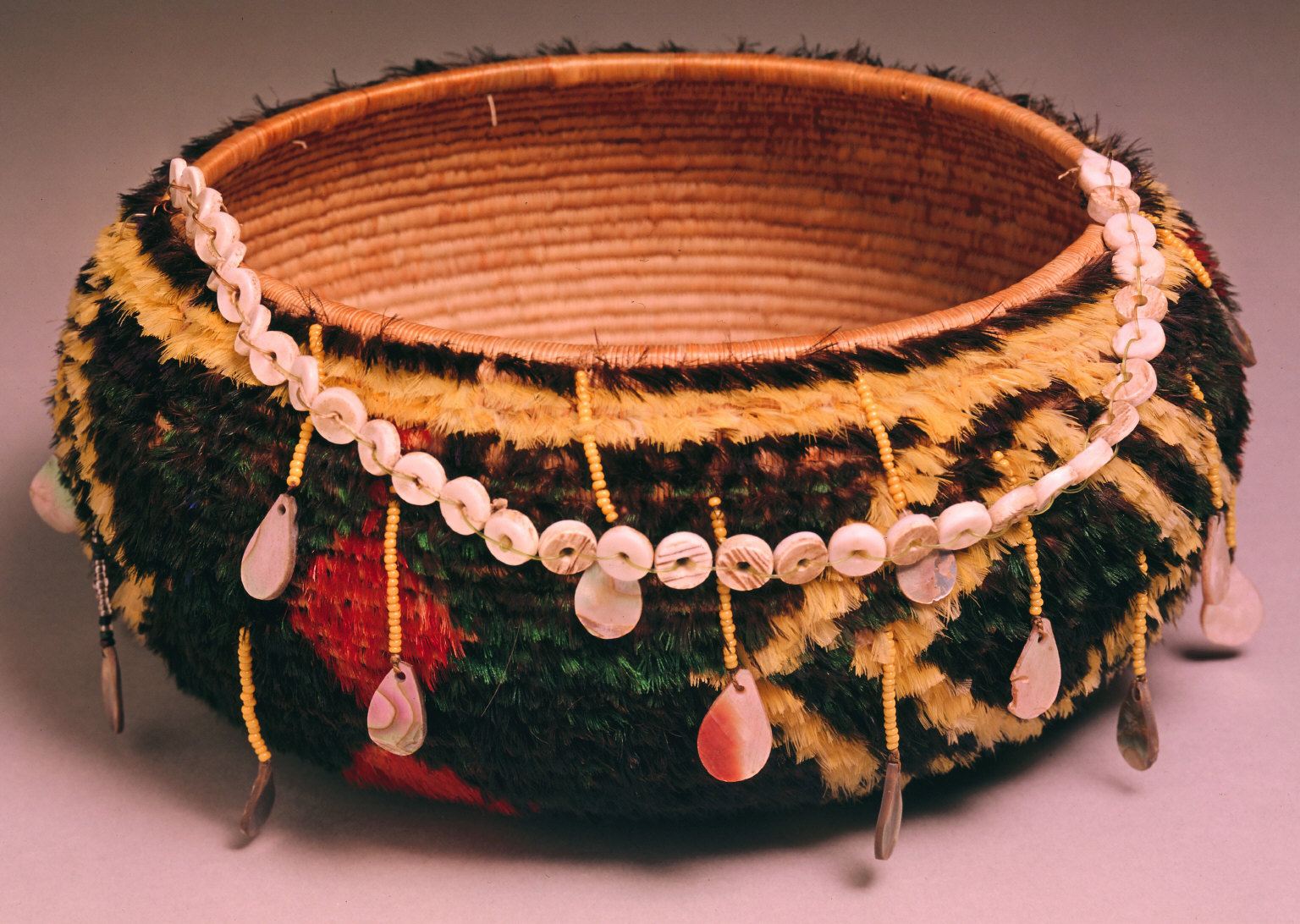 Feather basket