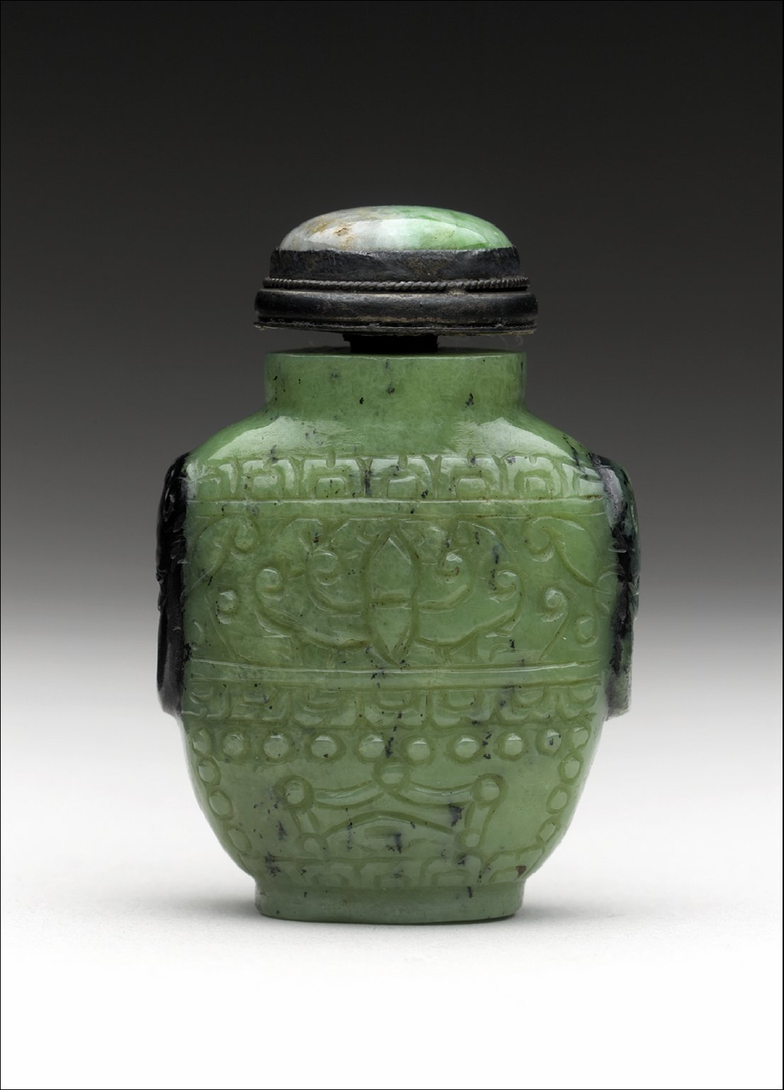 Snuff Bottle with Floral Decoration