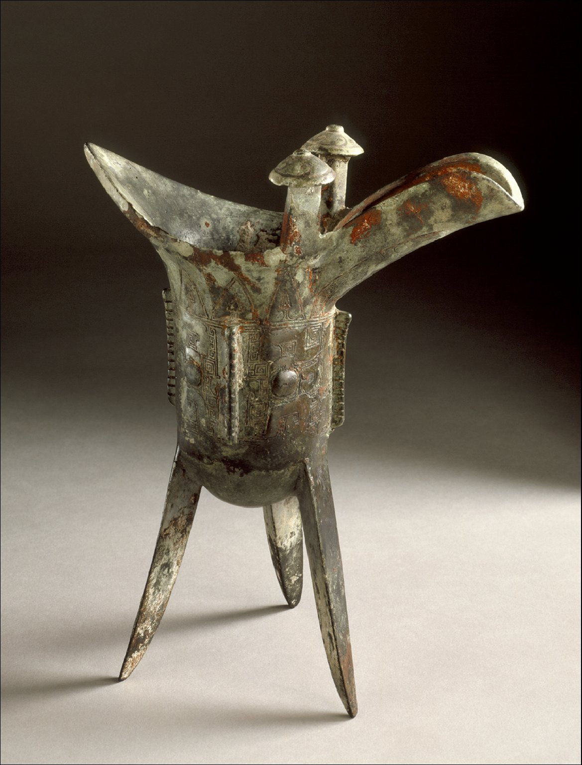 Small Ritual Wine Warmer (Jue) with Masks